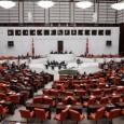 انقرة-الزمان وافق البرلمان التركي الخميس على اقتراح يسمح للحكومة بالتفويض بالقيام بتوغلات عسكرية عبر الحدود في سوريا والعراق لقتال تنظيم الدولة الإسلامية لكن لا يوجد ما يشير إلى أن هذا […]