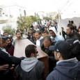 مقتل جندي تونسي في لغم زرعه قرب الجزائر إقالة ستة من قادة الشرطة في تونس وسط إدانة للتراخي الأمني تونس الزمانقرر رئيس الوزراء التونسي الحبيب الصيد إقالة ستة من كبار […]
