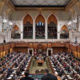 اوتاوا- لندن – الزمان  تبنى البرلمان الكندي بالإجماع امس اقتراحاً يهدف إلى استقبال، على مدى الأشهر الأربعة المقبلة، لاجئين أيزيديين هاربين من اضطهاد تنظيم داعش في شمال العراق، والذي […]